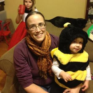mommy and bee