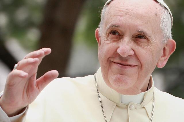 150119-pope-visits-130p_938f73c9a4f2c691d261e2d61455a9f7