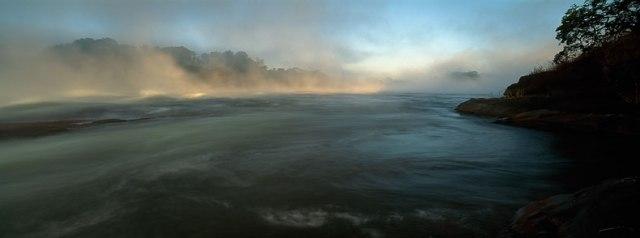 LZmL.48 African River, Luapula River, N Zambia