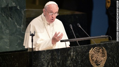 150925152049-pope-francis-un-large-169